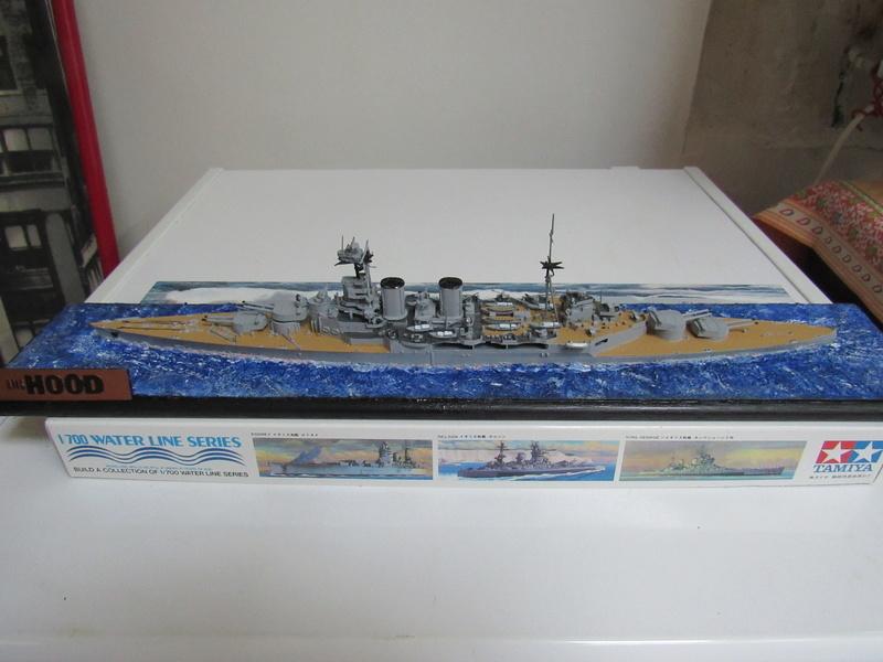 HMS Hood au 1/700 Img_5532