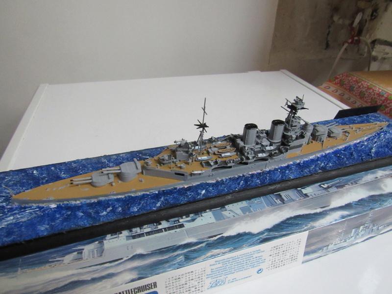 HMS Hood au 1/700 Img_5536