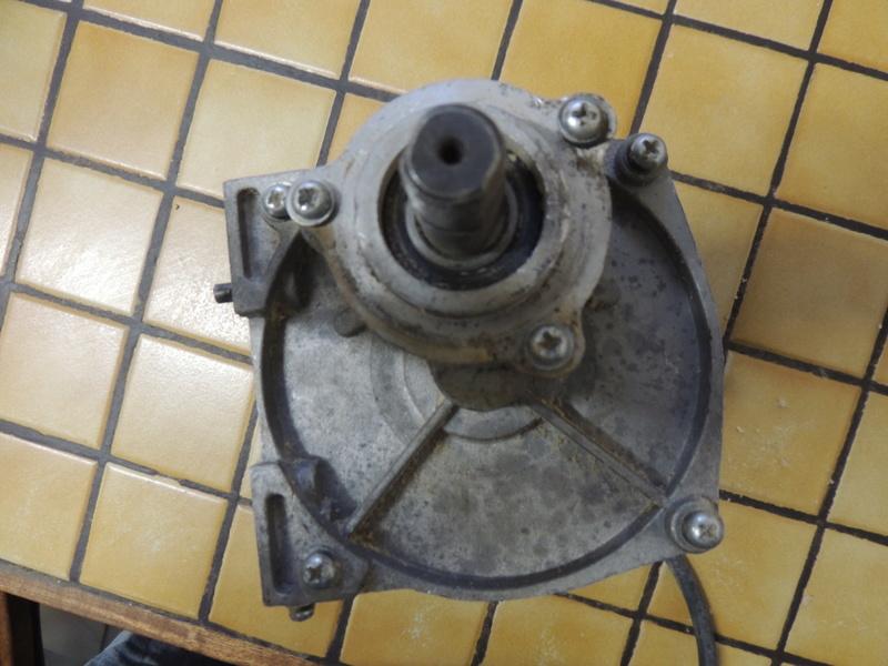 moteur elec Dscn4912