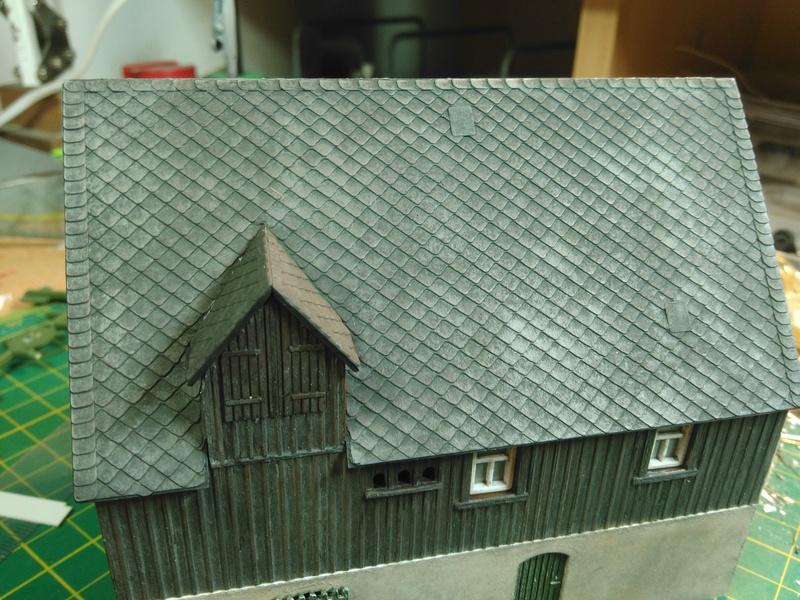 Auhagen Bauernhof H0/TT etwas aufgewertet Img_2031