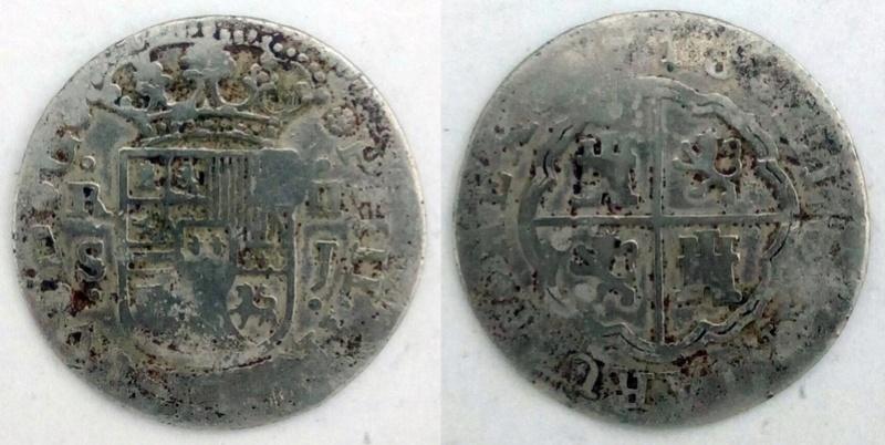 2 Reales Sevilla 1718 - ¿Dos falsas de época del mismo cuño? Whatsa27