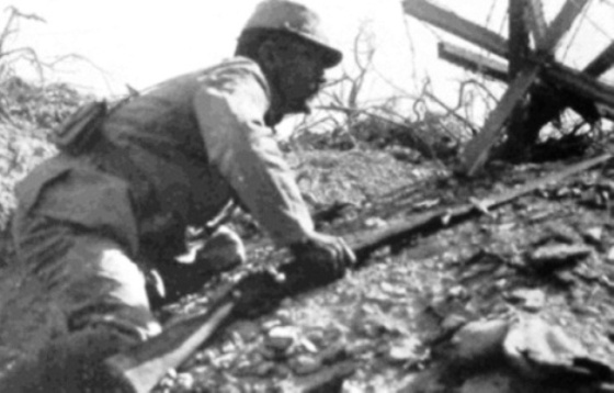 2 baïonnettes Soldat11