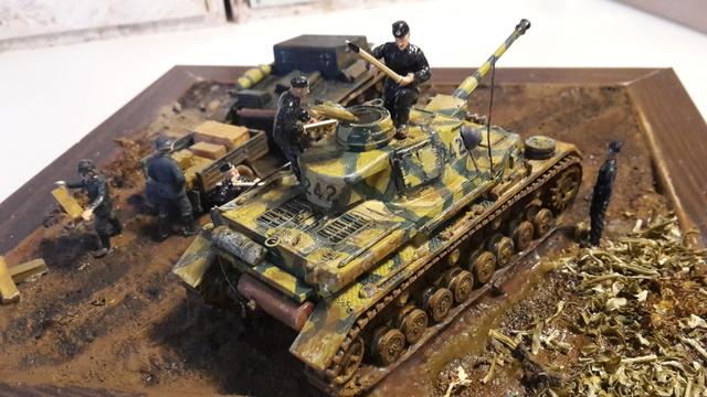 AUFTANKEN (ravitaillement)-Pz.Kpfw 4 + T-26(r) transport de munitions - Russie 1942 - 1/72 01-03-13
