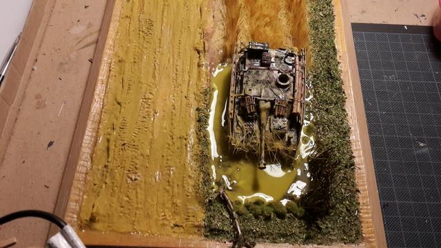 Eine helfende Hand, Hans ? (un coup de mains  Hans ?) - Panther et Stug III Revell 1/72 FINI ! 10-12-12