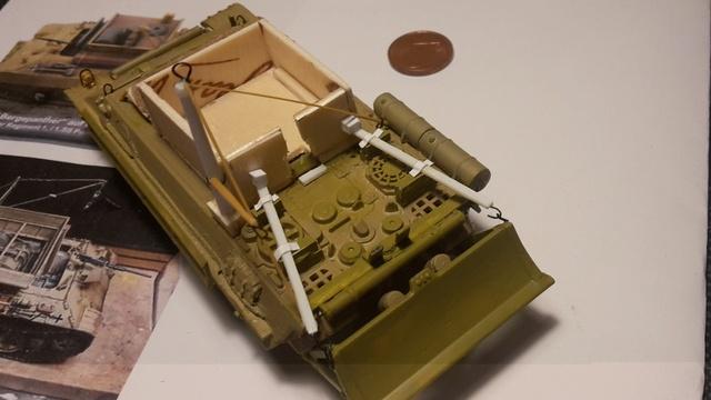 Bergepanther SdKfz 179 Auf M  ( Armourfast 1/72 )  17-11-12