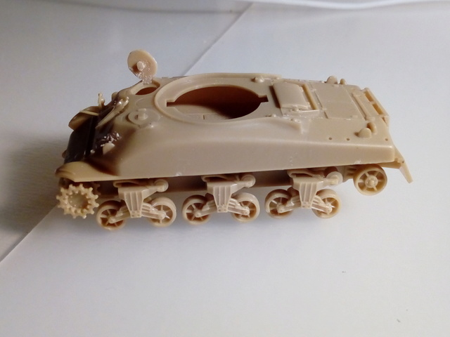 Beutepanzer M4 A1 -- Esci 1/72  20-04-10