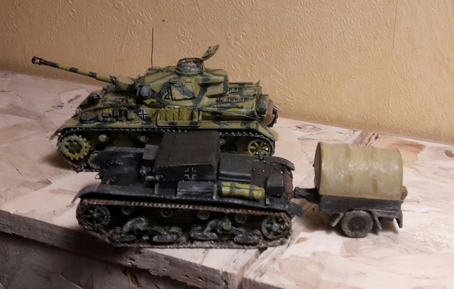 AUFTANKEN (ravitaillement)-Pz.Kpfw 4 + T-26(r) transport de munitions - Russie 1942 - 1/72 20180236