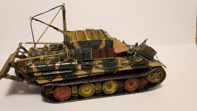 Bergepanther SdKfz 179 Auf M  ( Armourfast 1/72 )  21-11-13