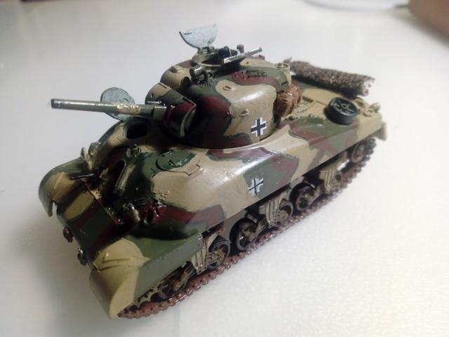 Beutepanzer M4 A1 -- Esci 1/72  23-04-10