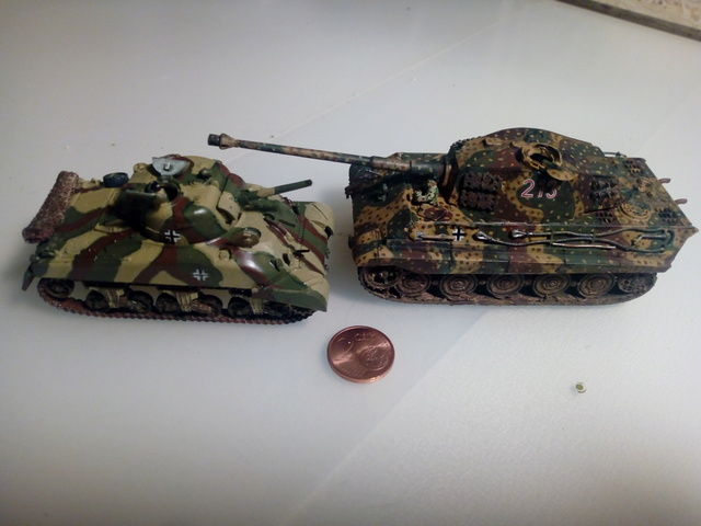 Beutepanzer M4 A1 -- Esci 1/72  23-04-12
