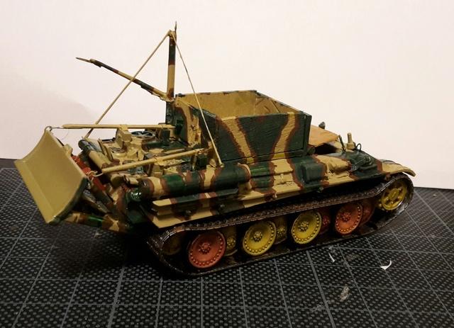 Bergepanther SdKfz 179 Auf M  ( Armourfast 1/72 )  Camo-111