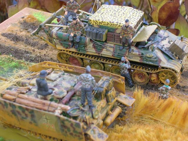 Eine helfende Hand, Hans ? (un coup de mains  Hans ?) - Panther et Stug III Revell 1/72 FINI ! Dioram18