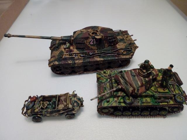 Sd.Kfz. 182 - Pz.Kpfw. VI King Tiger - Italeri - 1/72 - Page 2 Fini_410