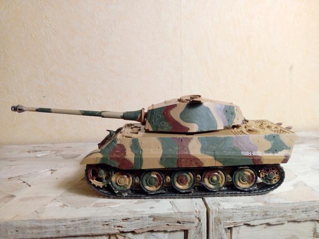 Sd.Kfz. 182 - Pz.Kpfw. VI King Tiger - Italeri - 1/72 Img_2030