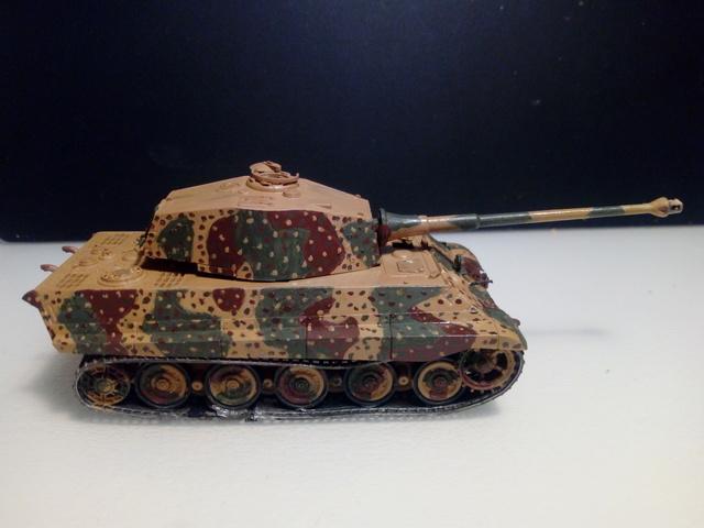 Sd.Kfz. 182 - Pz.Kpfw. VI King Tiger - Italeri - 1/72 Img_2036
