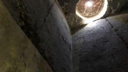 Manbij frontière turco-syrienne : une église primitive souterraine miraculeusement épargnée par Daesh Manbig10