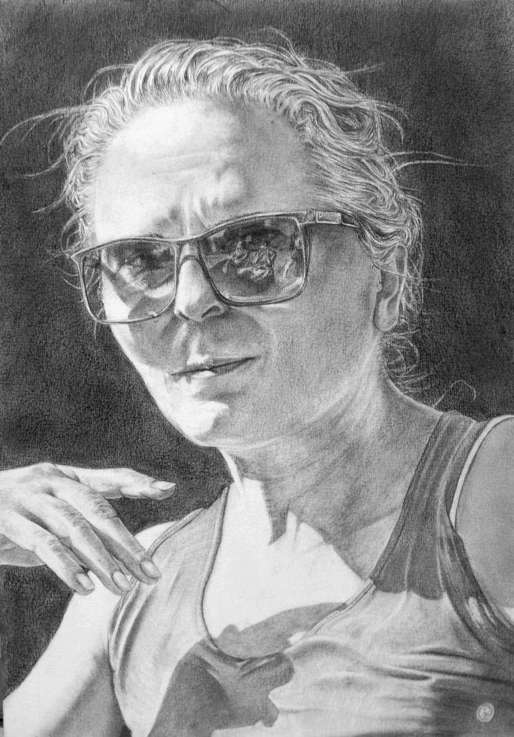 ¨[GRAPHITE] Portrait. 100_7413
