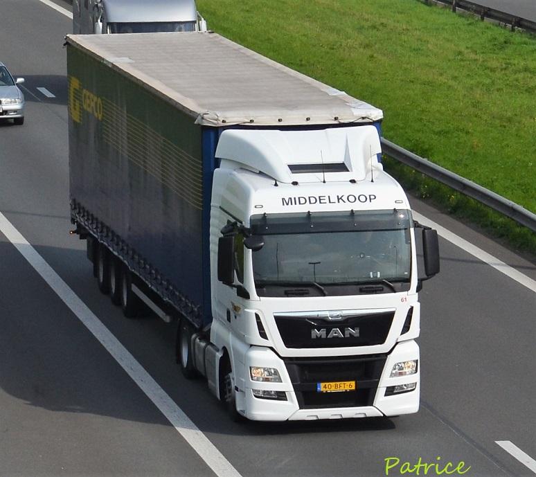 D.J.Middelkoop (Nieuw Vennep) 24812