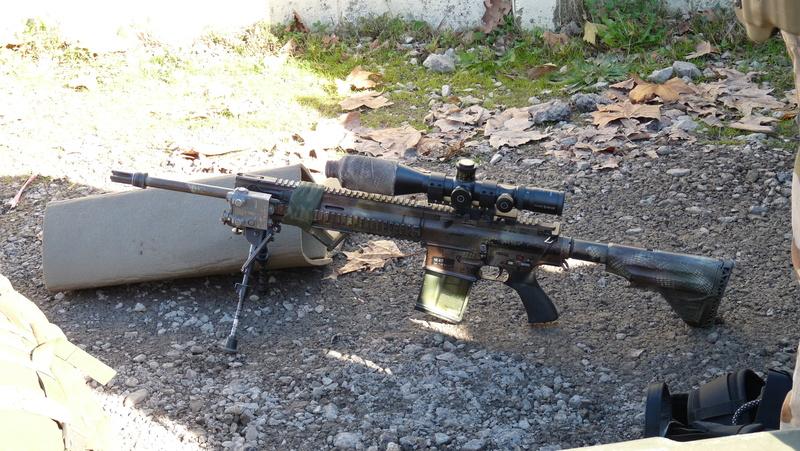 Quelques armes en dotation chez les GCP du 1er RCP P1080712