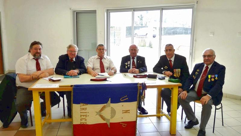 L'assemblée générale de l'Union nationale des parachutistes de l'Ariège s'est déroulée dans la commune, où tous les bilans et activités ont été présentés. L'UNP a pour but «d'unir tous les parachutistes titulaires du brevet militaire... P1090010