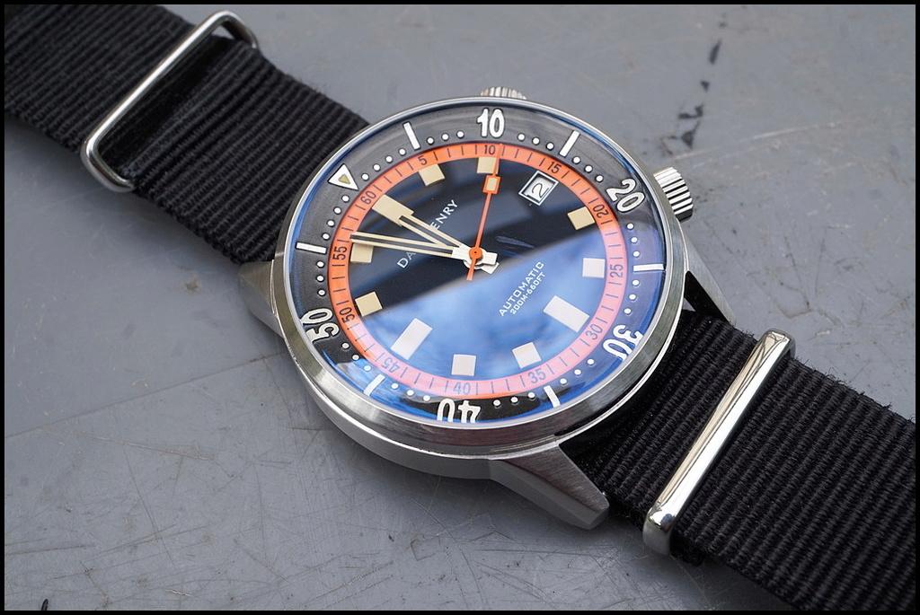 Votre montre du jour - Page 2 Rtdsc010