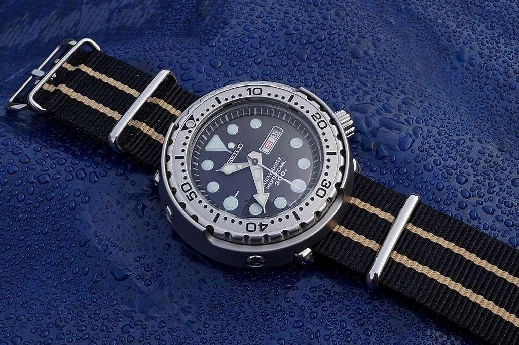 La montre du vendredi, le TGIF watch! - Page 29 Rtdsc017