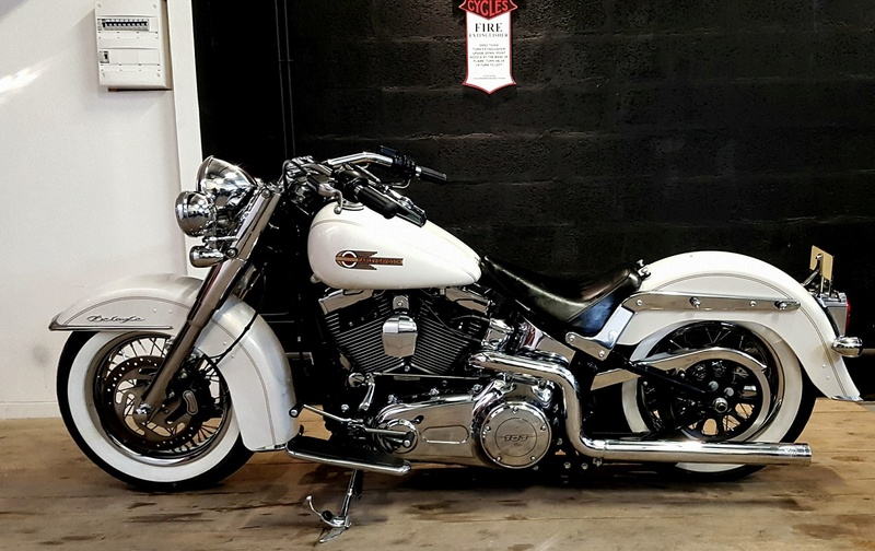 Softail deluxe concession lyon 30595310