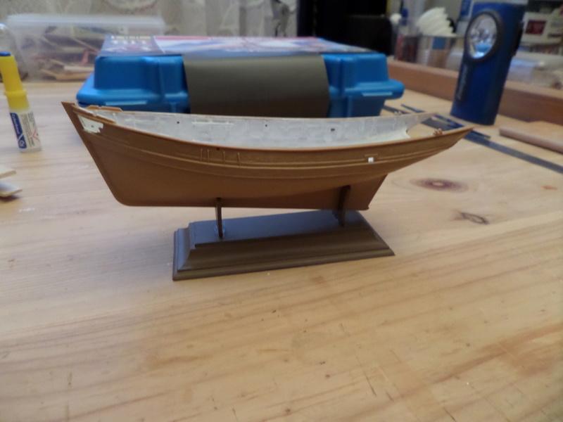 Eh pourquoi pas un petit bateau en plastique Sam_4412