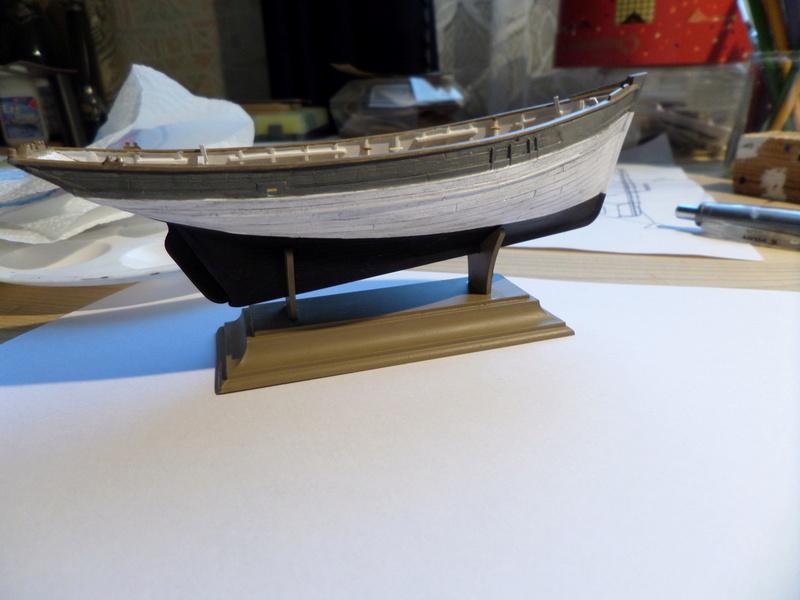 Eh pourquoi pas un petit bateau en plastique Sam_4419