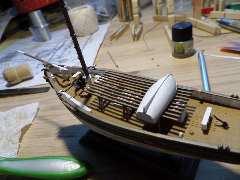 Eh pourquoi pas un petit bateau en plastique Sam_4526