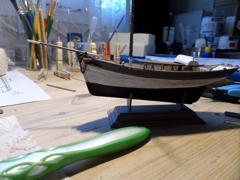 Eh pourquoi pas un petit bateau en plastique Sam_4528