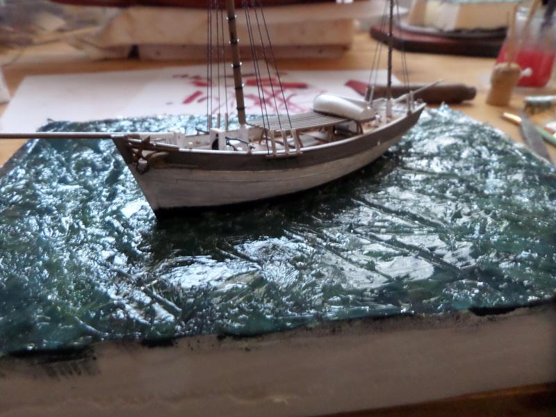 Eh pourquoi pas un petit bateau en plastique Sam_4639