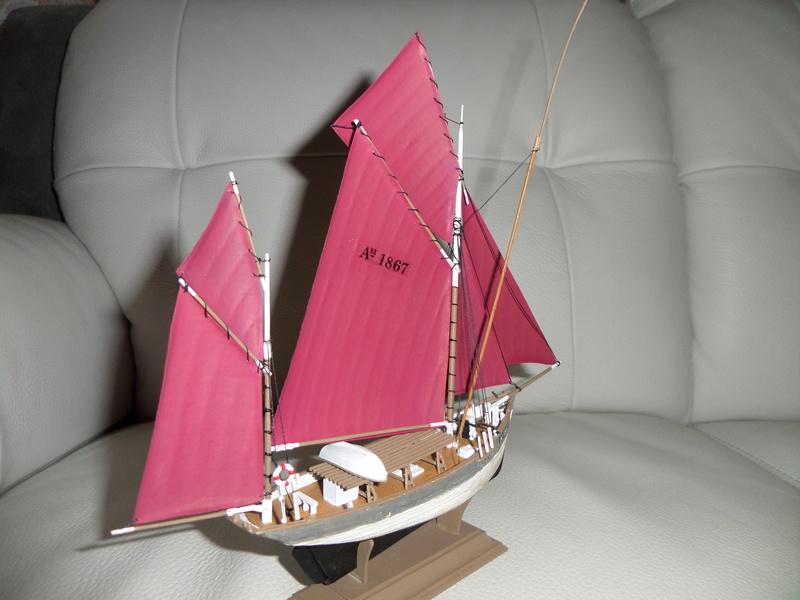 Eh pourquoi pas un petit bateau en plastique - Page 2 Sam_4648