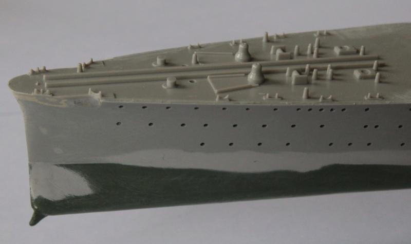 Croiseur lourd italien Pola - Tauro Model 1/400 9f4da210