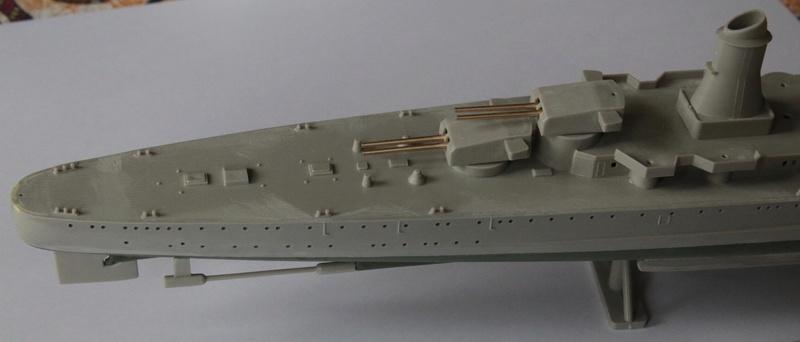 Croiseur lourd italien Pola - Tauro Model 1/400 Fb826d10