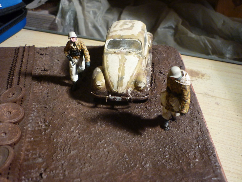 Changement de chenille front de l'est - Sd.Kfz.9 FAMO Tamiya 1/35 + TIGRE I Ausf.E DRAGON 1/35 + Volkswagen CMK 1/35  - Page 3 P1080410