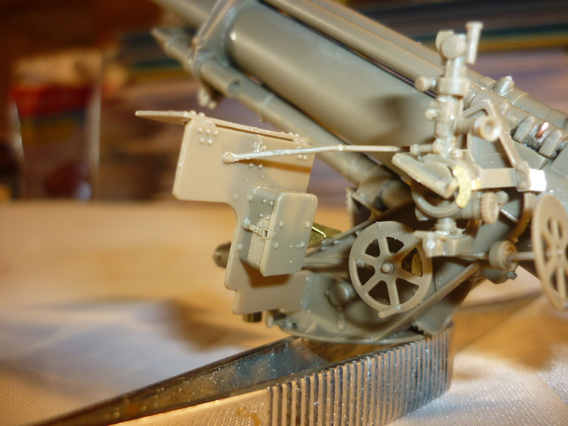 US 155mm howitzer M114A1 BRONCO 1:35 - Page 2 P1080627