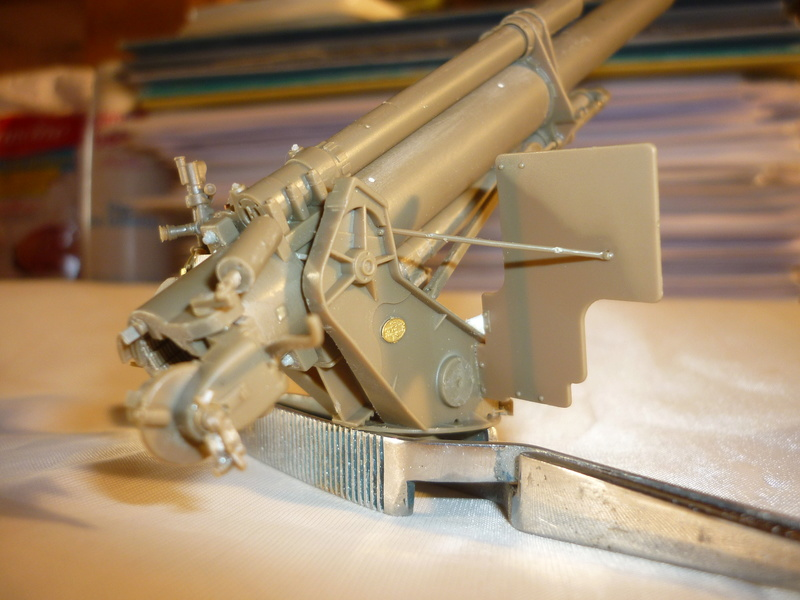 US 155mm howitzer M114A1 BRONCO 1:35 - Page 2 P1080628