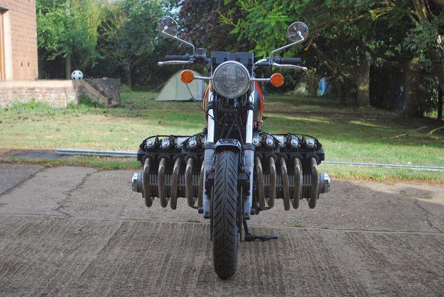 MZ 500 bicylindre. Moto-110