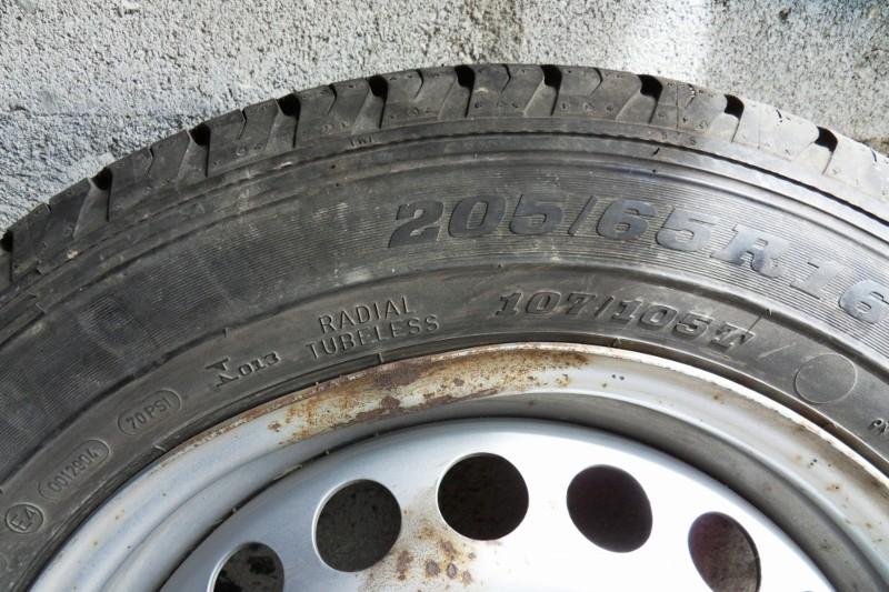 Jantes+pneus Sdc12210