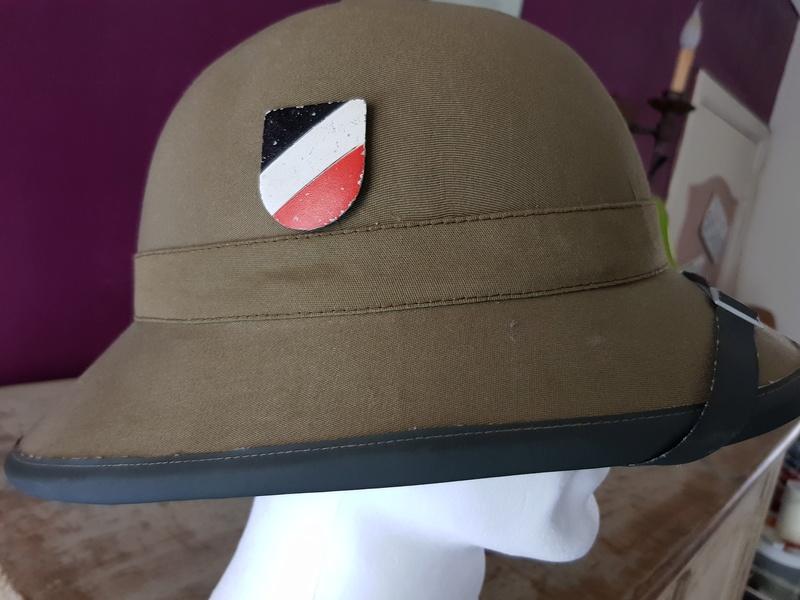 bonjour besoin de votre aide pour une casque tropicale kriegsmarine,merci 03212