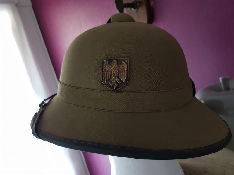 bonjour besoin de votre aide pour une casque tropicale kriegsmarine,merci 03312