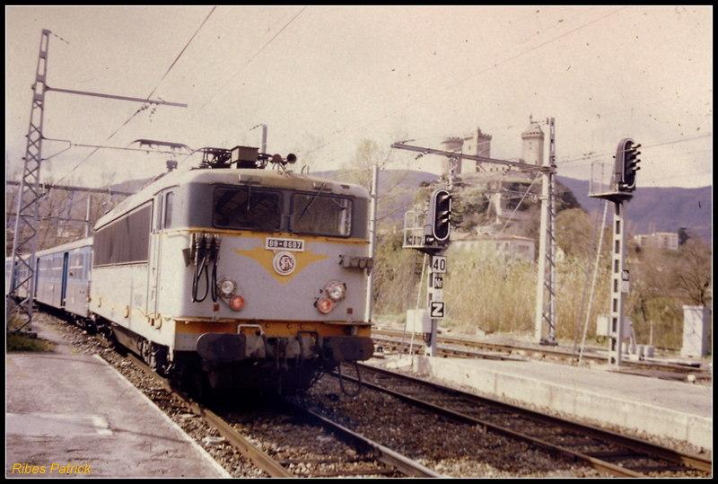 Pk 082,2 : Gare de Foix (09) - Page 12 Pict0011