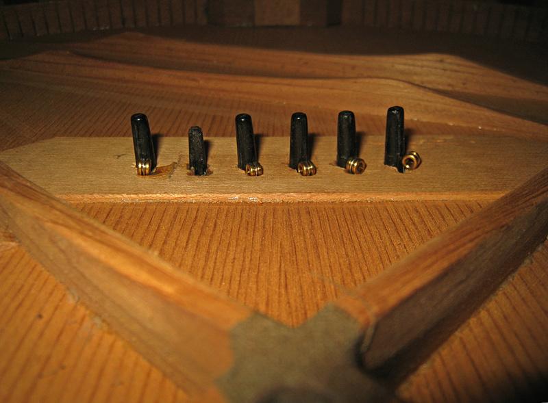 La table et ses barrages 12103010