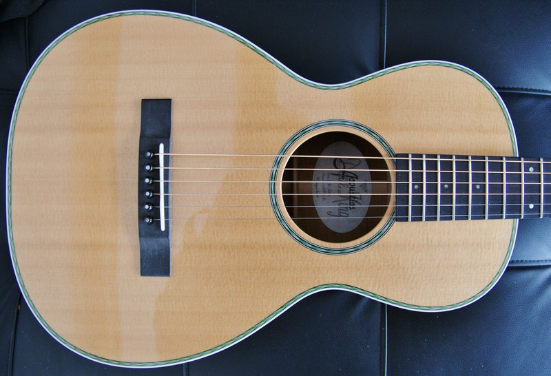 Luthiers anglais Dk210