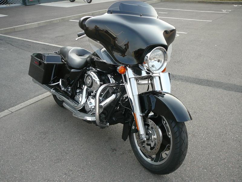 combien de STREET GLIDE  sur le forum Passion-Harley - Page 12 P1060410