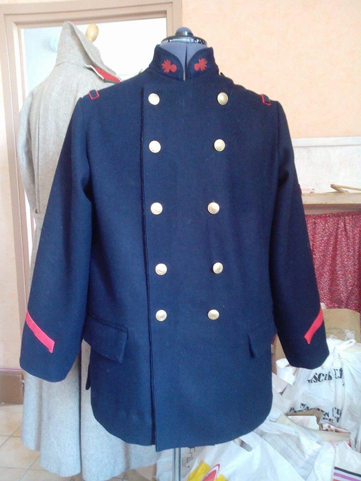 Liste de fournisseurs de tenues et accessoires de reconstitution. 18519410