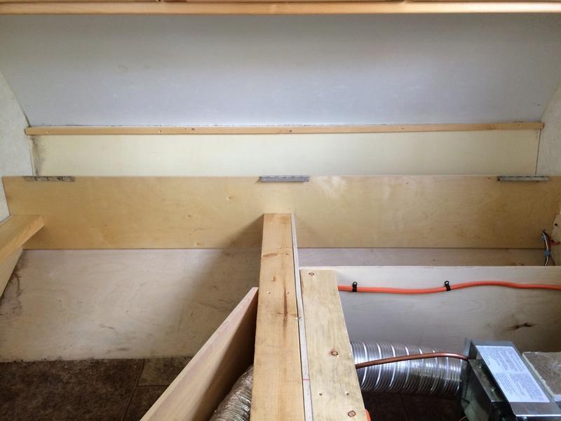 Roulotte T@B : Reconstruction du plancher Img_2214
