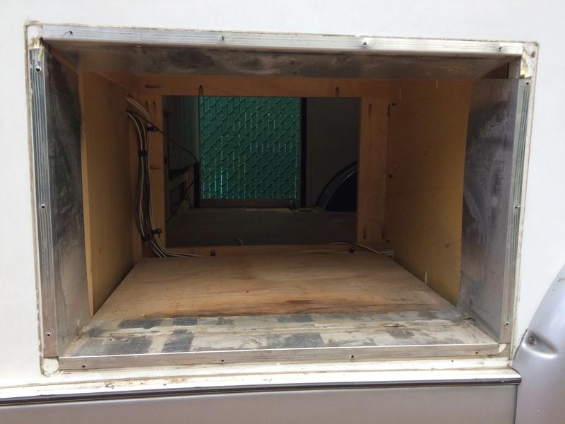 Roulotte T@B : Reconstruction du plancher Img_2266