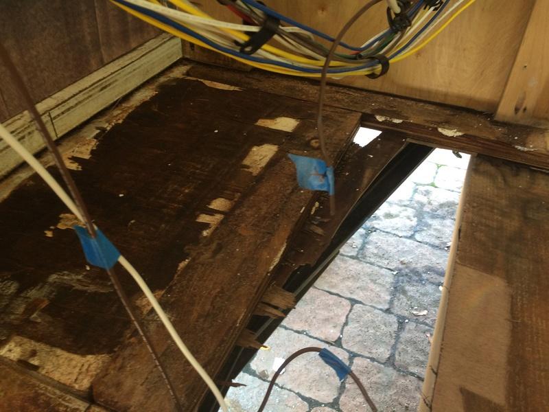 Roulotte T@B : Reconstruction du plancher Img_2324
